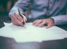 signature d'un pacte associés