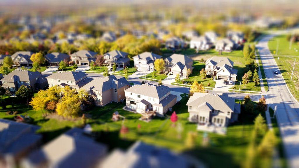 quartier avec des maisons en lotissement