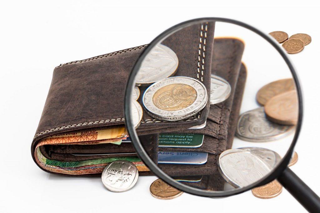 loupe orientée vers un portefeuille
