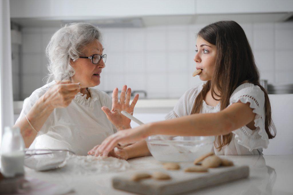 maison de retraite grand mère et enfant